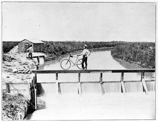 Main canal of the Farmers and Merchants Irrigation Company near Lexington, Neb. (Nebraska State Historical Society)