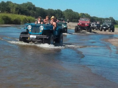 Jeepers out on the river in Nebraska. (Photo courtesy of the River Rats Association)